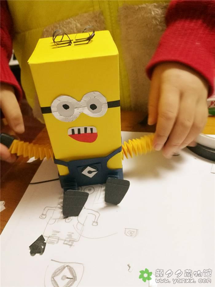 [手工作品分享]用药盒子给女儿做的各种小玩意之小黄人图片 No.5
